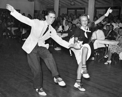 how to dance to swing music
