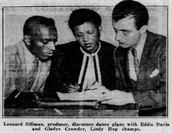1937 Winners signing contracts CLIP Daily_News_Sun__Aug_29__1937_